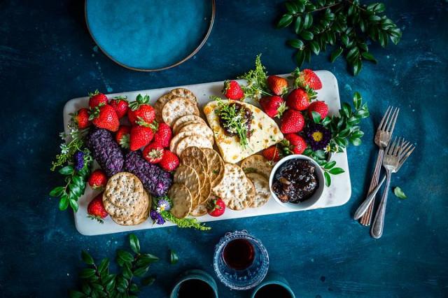 strawberries-2563395__480